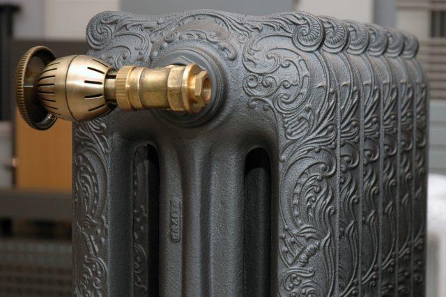 Высокие радиаторы отопления (преимущества и недостатки)