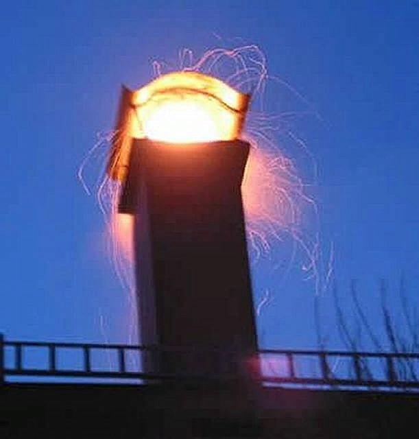 Дефлектор гасит искры, препятствуя случайному возгоранию