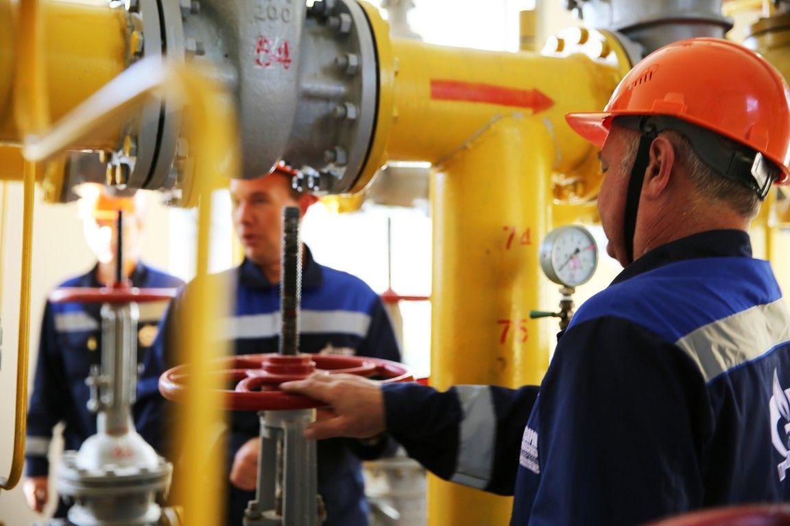 Соблюдайте правила техники безопасности на участках где происходит установка магистрального газопровода