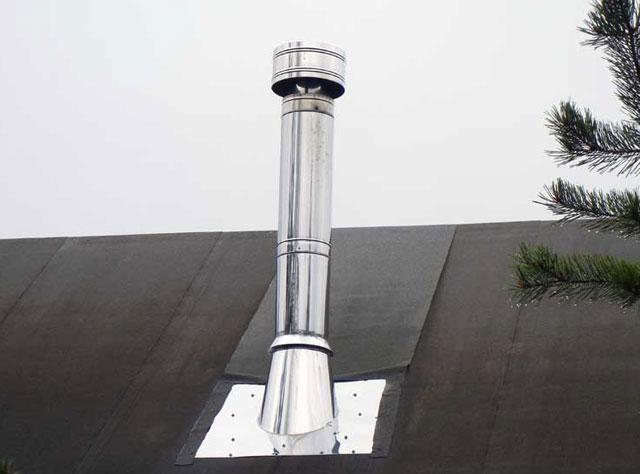 Дефлектор позволяет минимизировать затраты на монтаж дымохода