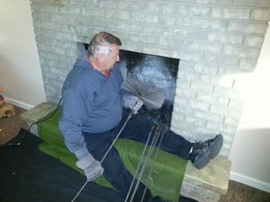 Как провести чистку дымохода
