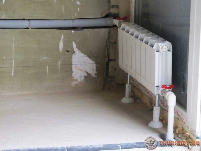 фото: теплоизоляция для труб отопления в квартире