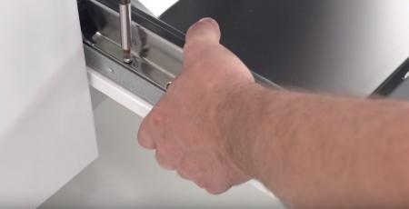 Крепеж отверткой на длинные саморезы