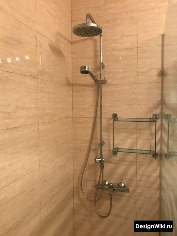 Дизайн душевого гарнитура с термостатическим смесителем