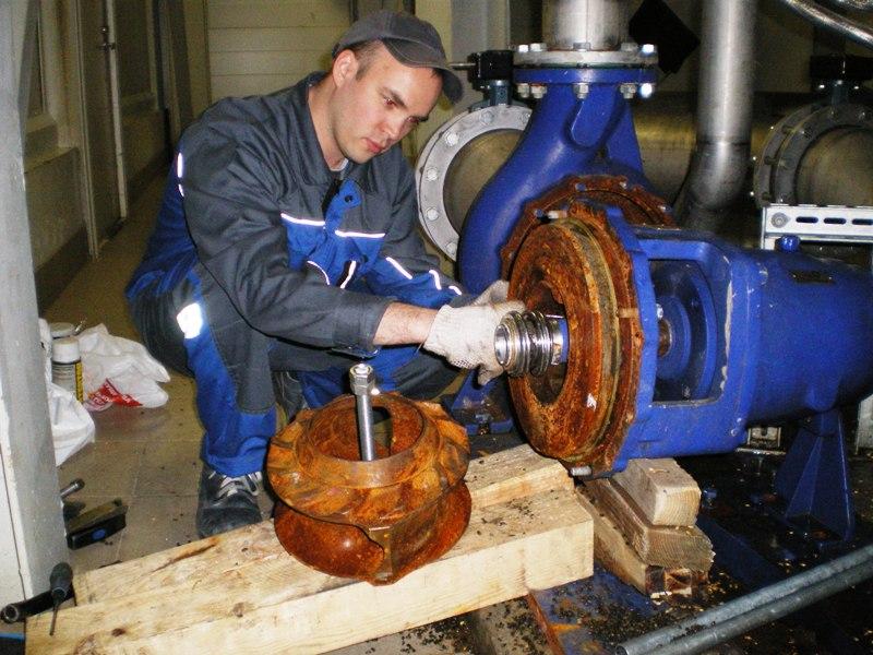 Профессиональный ремонт промышленного центробежного насоса