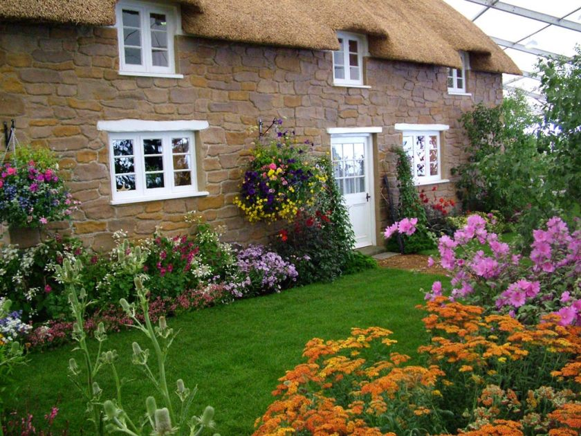 modern-beautiful-cottage-flower-garden-on-home-garden-with-english-cottage-garden-flowers-sky-designs-amazing-photos-cool-images-high-quality-1024x768