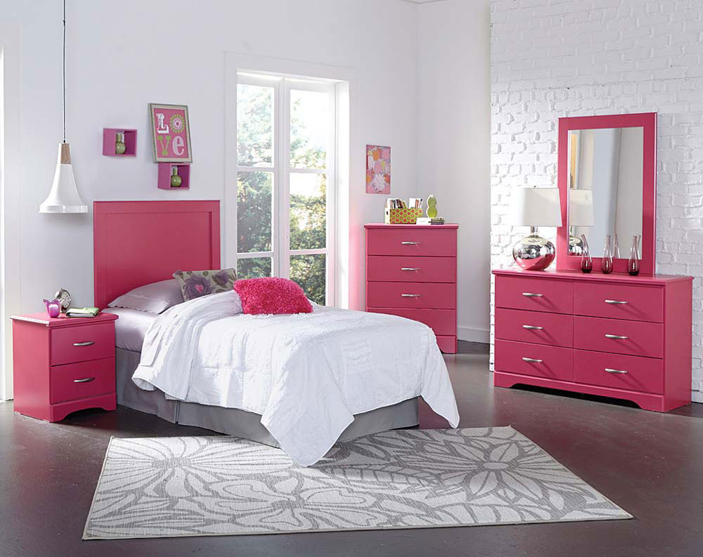 Розовая мебель для спальни