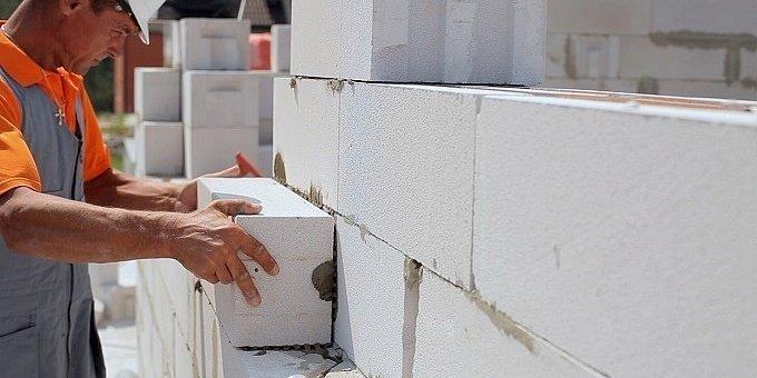 Утепление дома из газобетонных блоков: материалы, этапы, ошибки