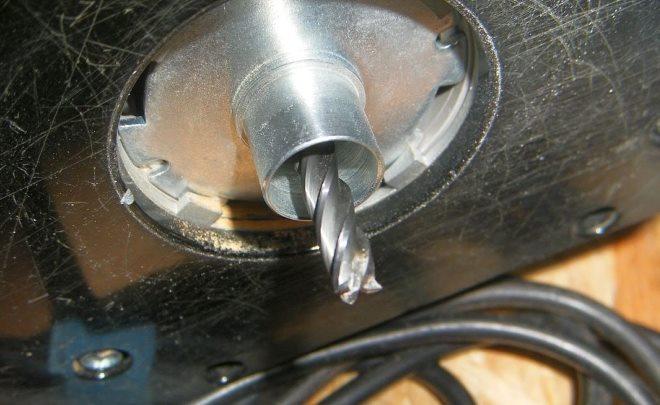 Спиральные фрезы часто используются в паре с копирующей втулкой