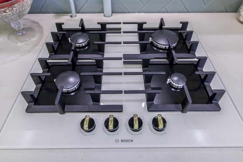 Газовая варочная панель с отдельными конфорками