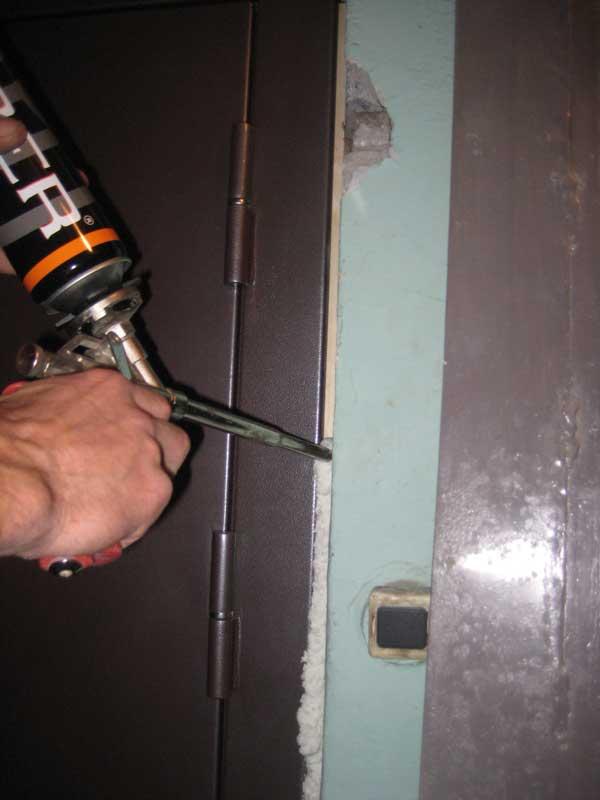 Герметизация дверной коробки