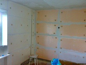 Как правильно утеплить стены в квартире изнутри