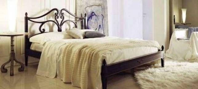 Что такое французская кровать в отеле. Французская кровать