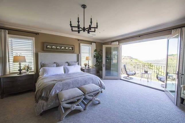 Дизайн спальни с балконом: оригинальные идеи диёзайна