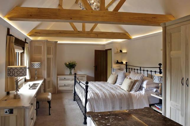 Мебель для спальни в стиле кантри
