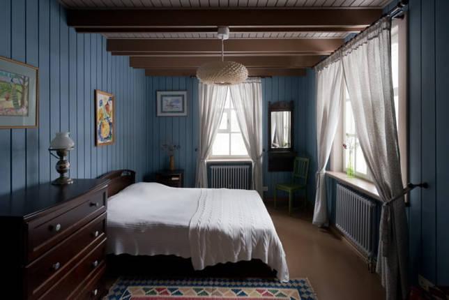 цветовое оформление спальни в деревенском стиле кантри