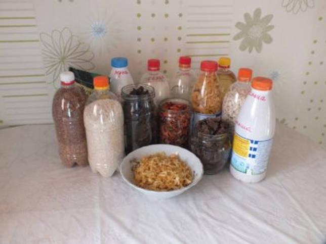 бутылки продуктов