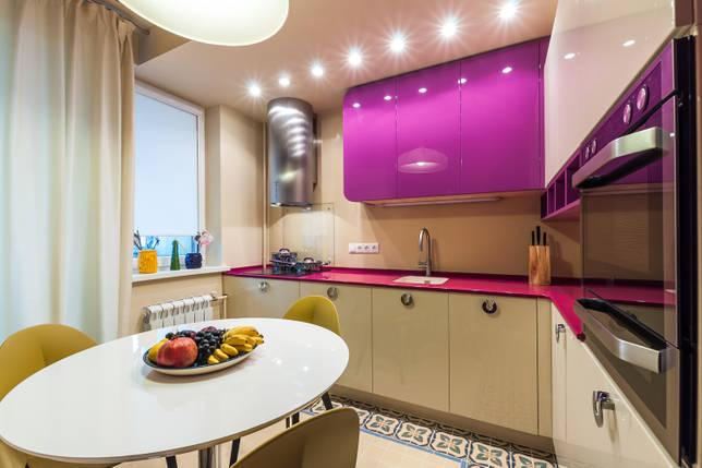 Из чего состоит кухонный гарнитур: основные составляющие и возможные дополнения