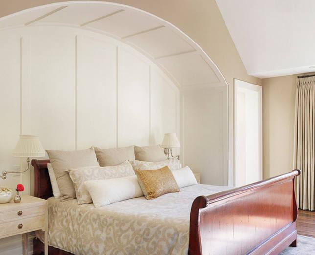 кровать в нише декор