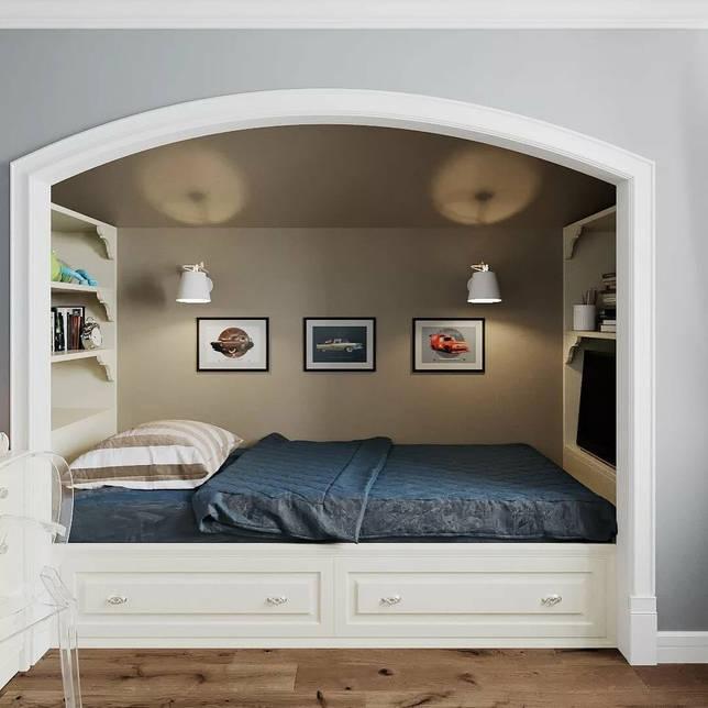 кровать в нише декор фото