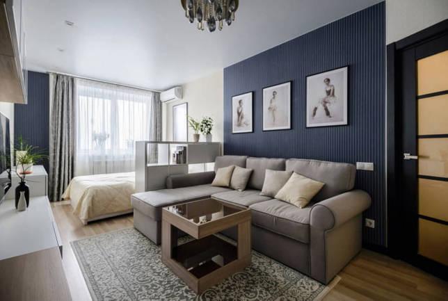 диван с кроватью в однокомнатной