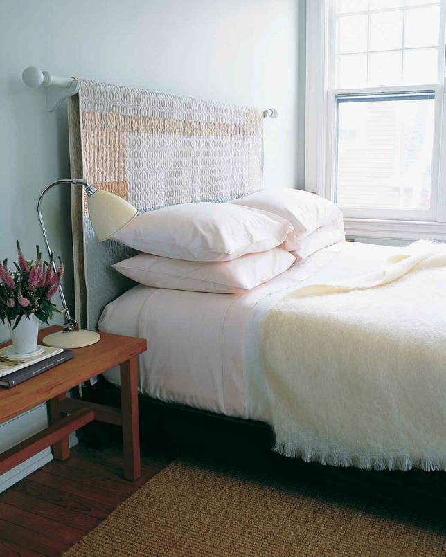 украсить изголовье кровати тканью