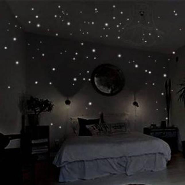 украшение кровати