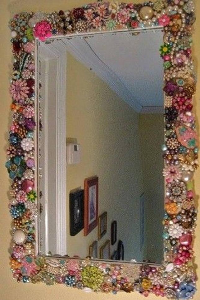 Декорирование рамы зеркала.