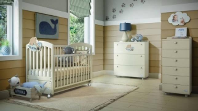 Детская комната с кроваткой-маятником