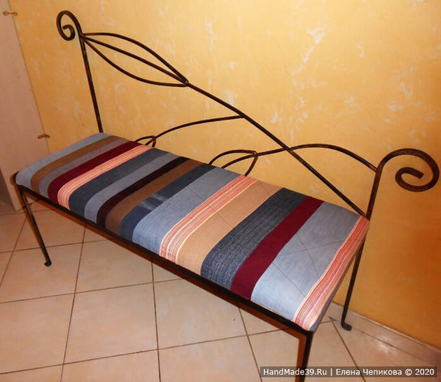 Как перетянуть старый диванчик, шаг 4
