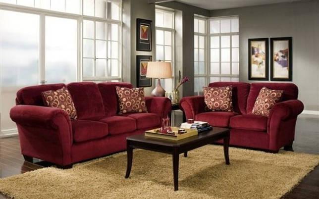 бордовая обивка дивана