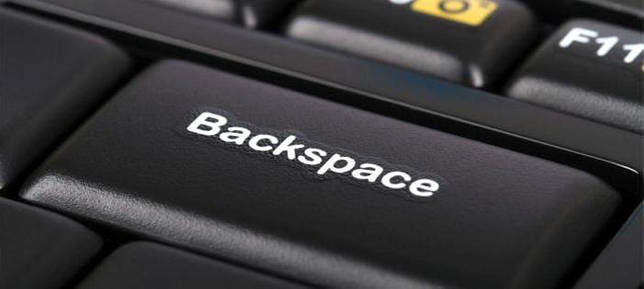backspace на клавиатуре