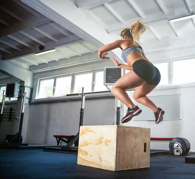 Техника выполнения прыжка на тумбу