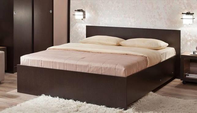 Высота кровати с матрасом от пола: какова стандартная высота кровати от пола с матрасом