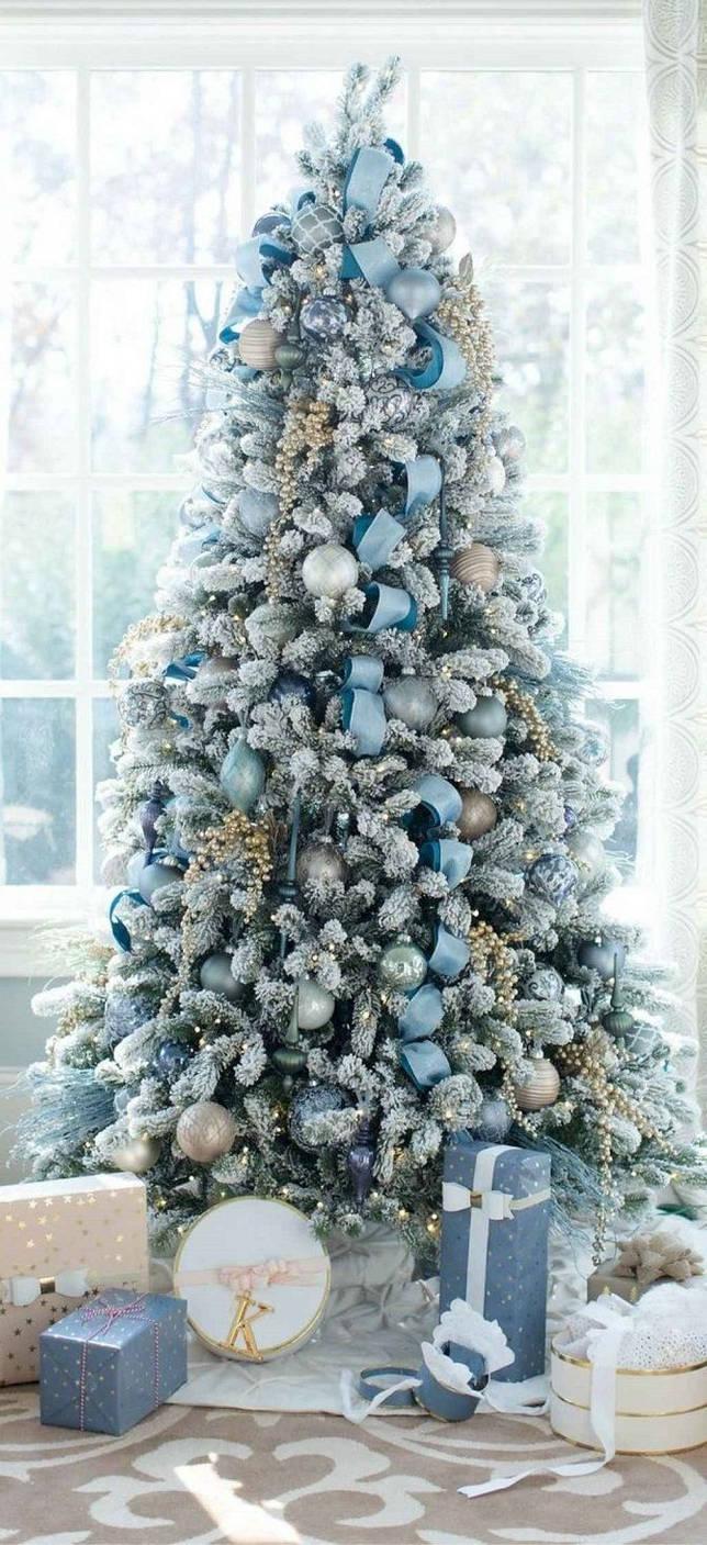 украшенные голубым елки фото